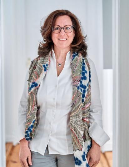 Sekretärin Katharina Salow